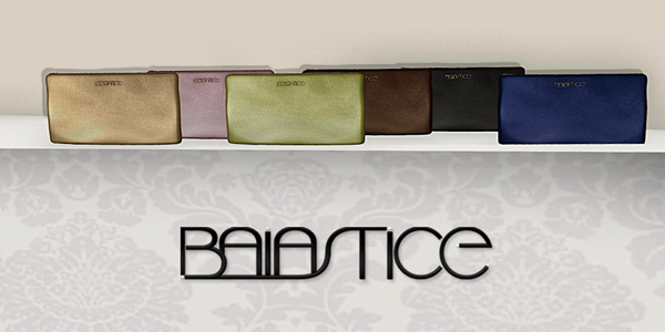 Baiastice_Metallic Letters Clutch RESIZABLE